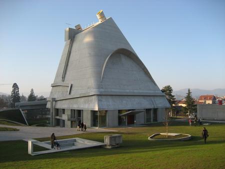 église Firminy  Le Corbusier